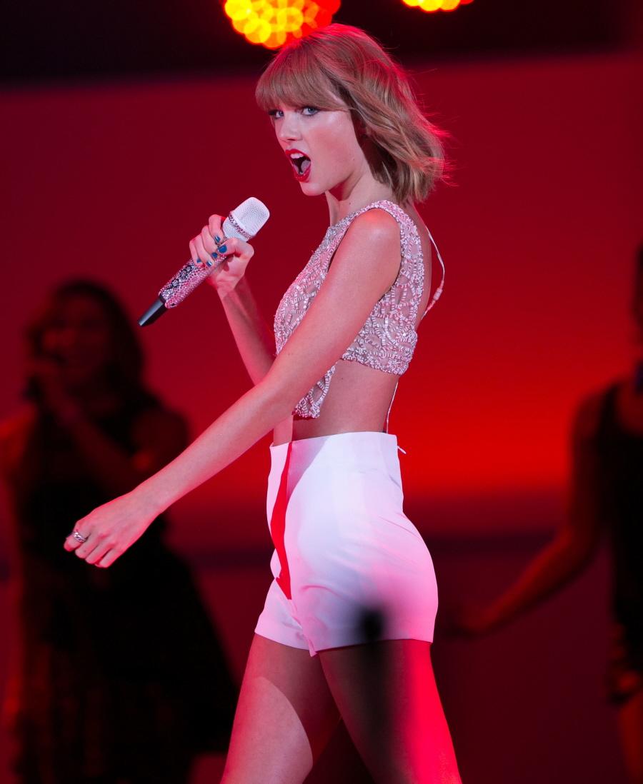 Ariana Grande, Miley Cyrus, Taylor Swift, Ciara  Les -3830