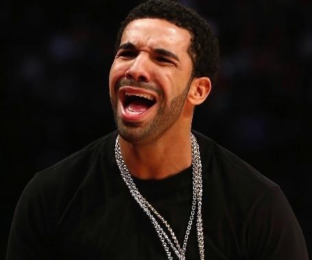 Drake, Nicki Minaj, Kim Kardashian, Beyonce  Quand leurs fans dérapent sur  les réseaux sociaux 7e1f299607c6