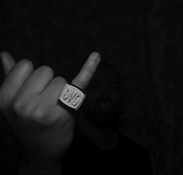 drake-ring-ovofbg