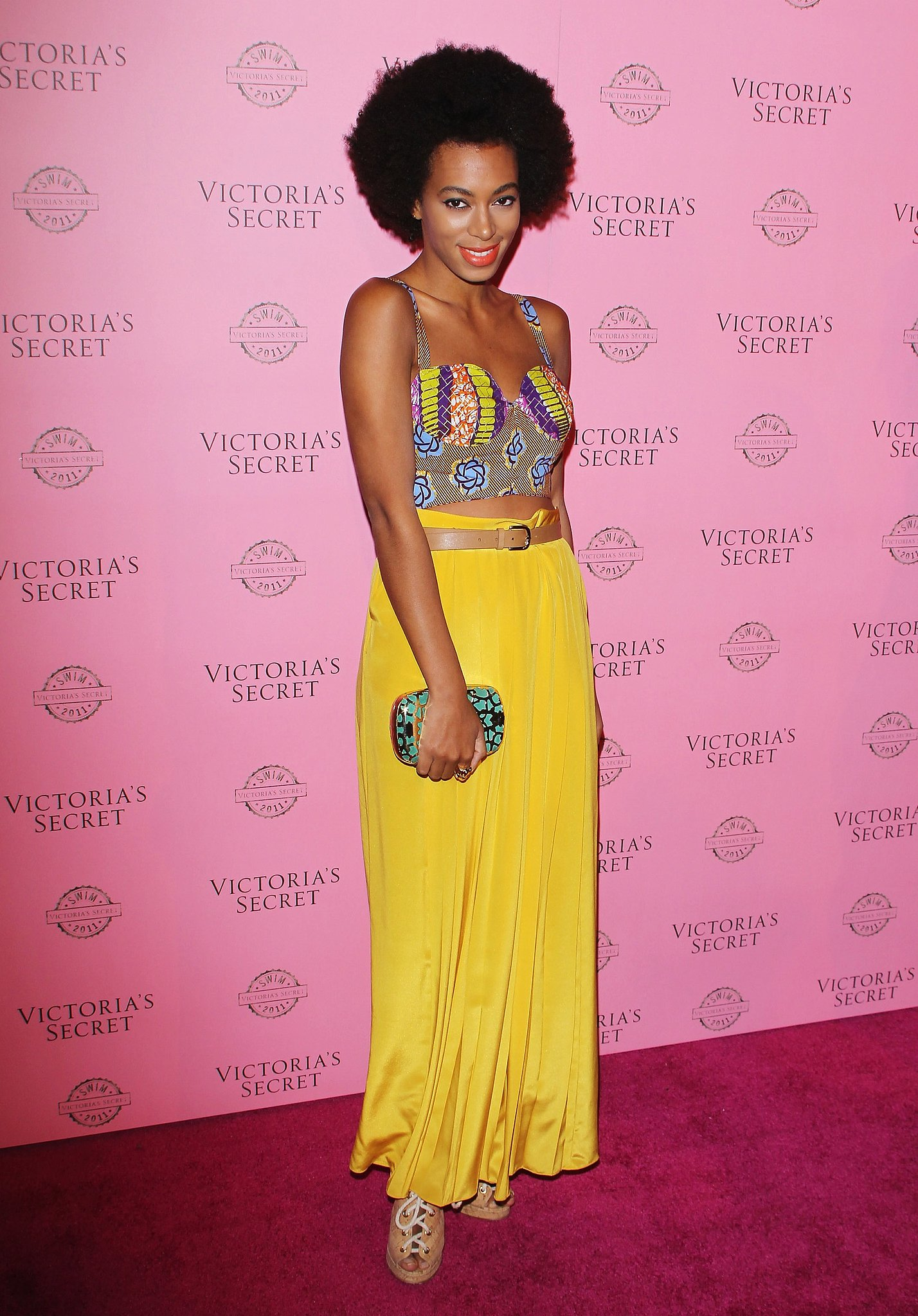 Solange-ahead-crop-top-trend-donning-printed-bustier