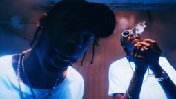LE CLIP DU JOUR : Wiz Khalifa - Bake Sale ft. Travis Scott