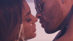 LE CLIP DU JOUR : Ariana Grande - Into You