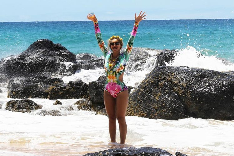 jet-set-beyonce-hawaii-promote