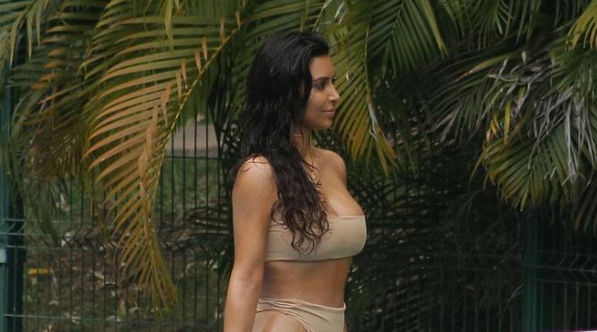 kim-kardashian-tennis-2016
