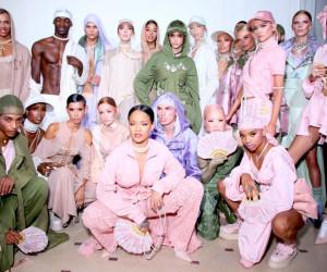 Rihanna présente la nouvelle collection Fenty X Puma à la Paris Fashion Week