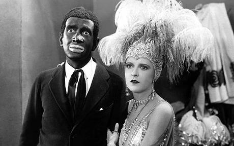 L'acteur Al Jolson & Mae Clark dans le film The Jazz Singer (1927)