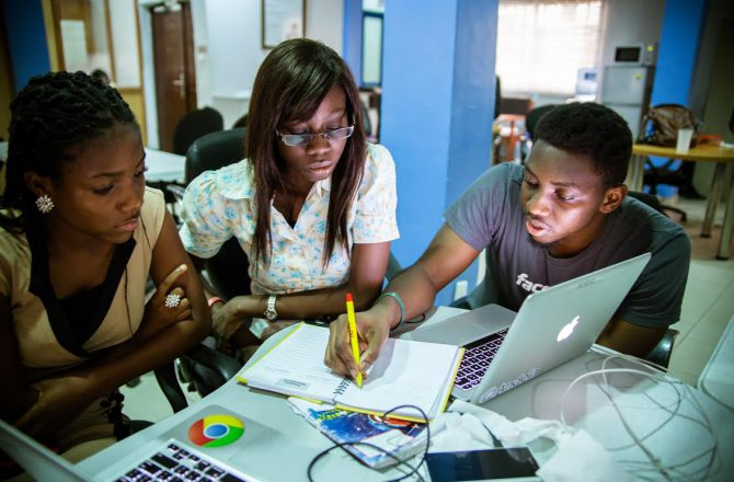 this-startup-pays-young-people-in-africa-to-learn-to-code-and-connects-them-with-fortune-500-companies