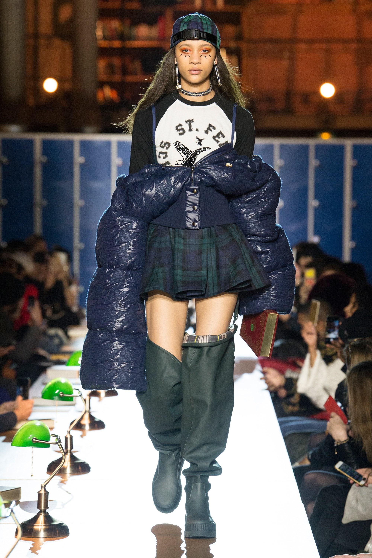 FentyxPuma : Rihanna nous renvoie sur les bancs de la fac