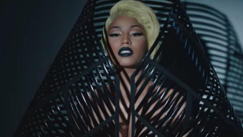 """Résultat de recherche d'images pour """"Nicki Minaj s'affiche seins nus dans son dernier clip « Krippy Kush » !"""""""